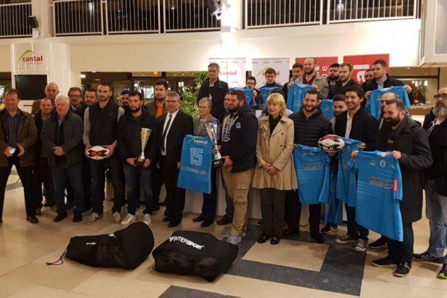 Remise du trophée du rugby cantalien.